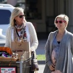 Actress Elsa Pataky Runs Errands in Malibu