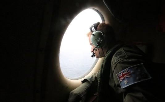 MH370: Mystery grows as families claim fresh debris found ...  |Debris Mystery