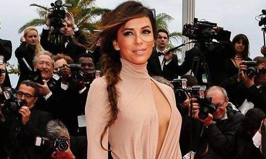 Eva Longoria : Actress slit wide open Cannes dress
