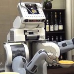 Robots that crowdsource learn things faster, New Study