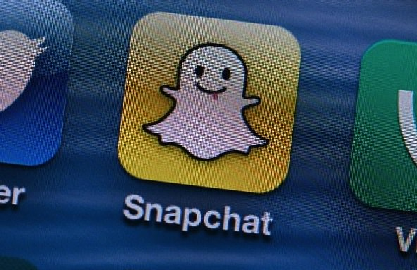 Hackers Access At Least 100,000 Snapchat Photos And