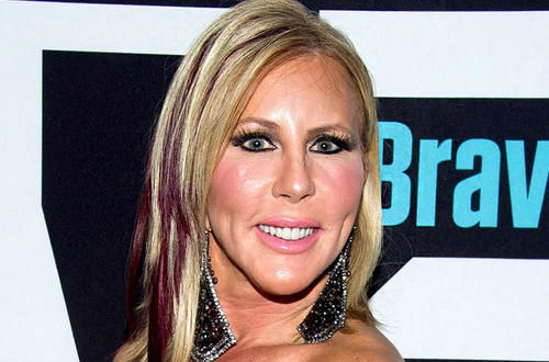 Vicki Gunvalson: 'Real Housewives' Star Accidentally Posts Nude Pic (Photo)
