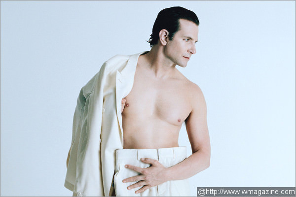 Bradley Cooper Gets Nude for W Magazine [PICS]