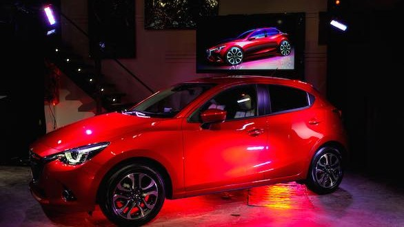 New Mazda2 unveiled at Montreal auto show 2015 (Photo)