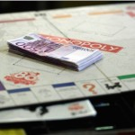 French Monopoly 80th Anniversary : Board game being sold with real money inside