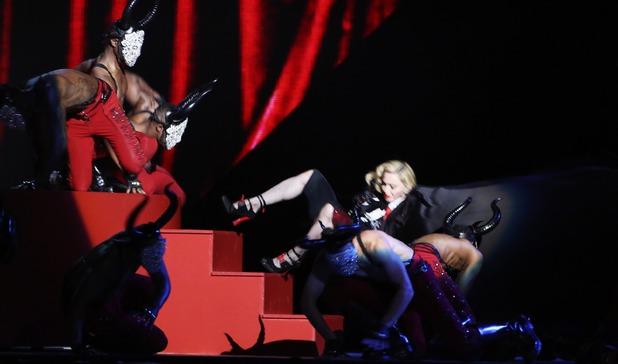 Madonna Falls During Brit Awards Performance (Photo)