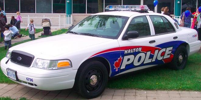 Underage driver charged in Oakville crash : Police