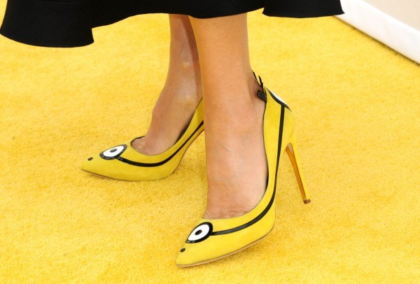 Sandra Bullock : Actress Looking Sleek at 'Minions' Premiere