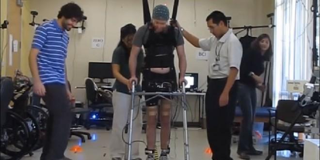 Brain-wave system: Paralyzed man walks by brain power alone 'Video'