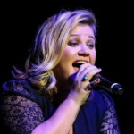 Kelly Clarkson: Singer cancels shows in Canada