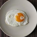 Smaller plates 'could help tackle obesity', Cambridge Study Shows