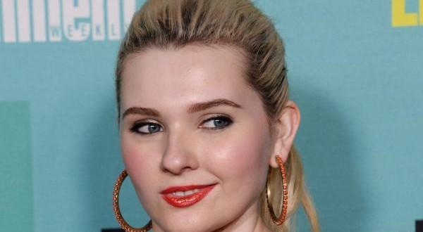 'Dirty Dancing' Remake Will Star Abigail Breslin, Report