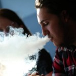 Ontario Delaying Ban of E-Cigarettes in Public Places