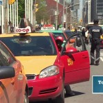 Toronto police investigating taxi scam (Video)