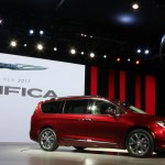 2017 Chrysler Pacifica minivan starts at $45740, Report