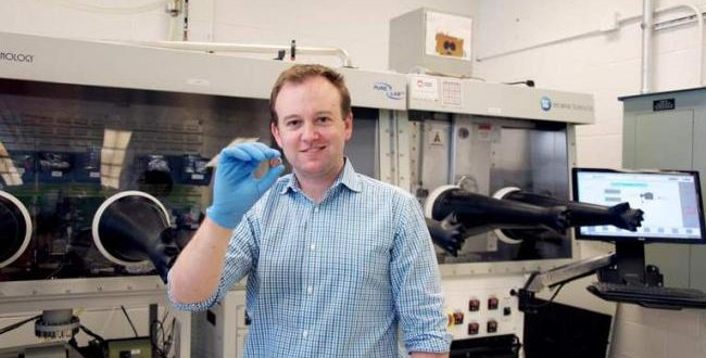 University of Toronto researchers invent 'vitamin-driven battery'