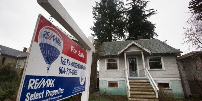 August home sales in Metro Vancouver fall 26 percent since 2015
