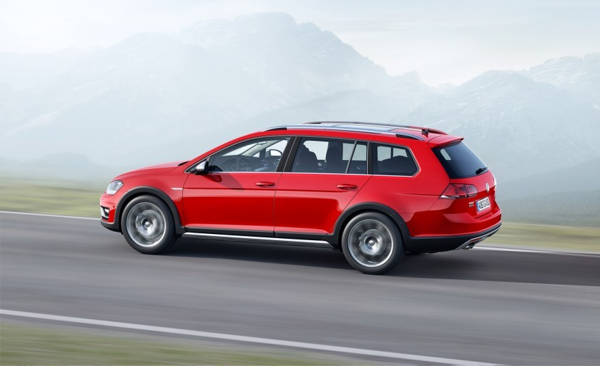 2017 Volkswagen Golf Alltrack Named Canadian Car Of The Year Photo Canada Journal News World